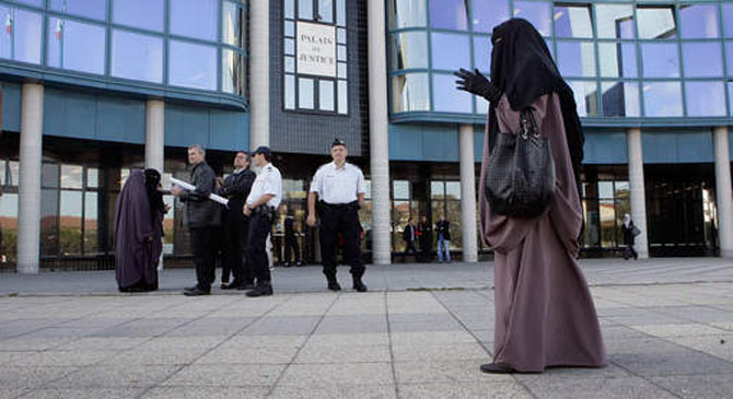 Niqab: A Barrier to Integration?