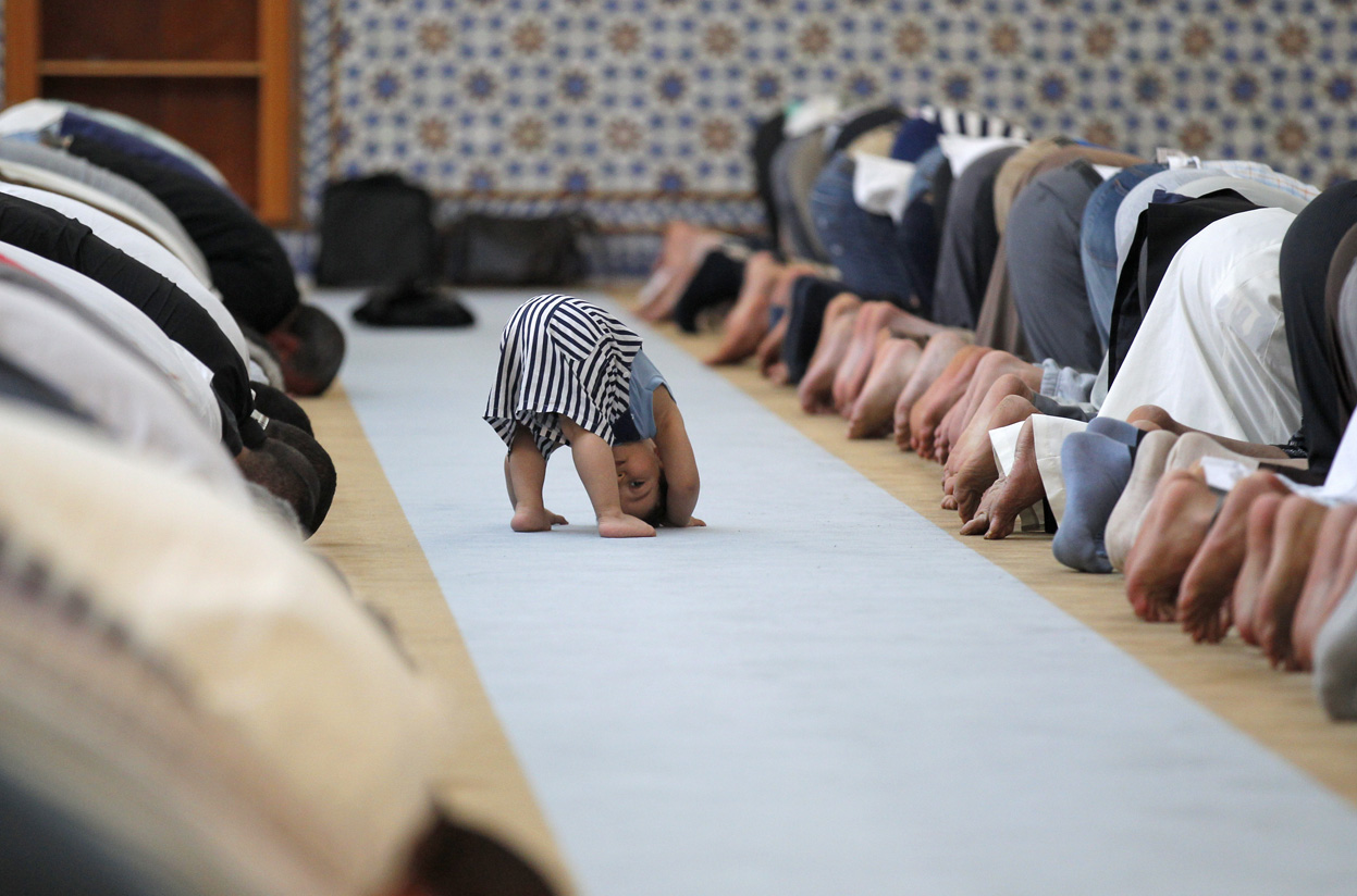 prayer - praying muslims